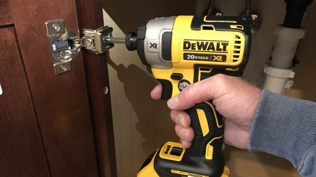 The Best Cordless Impact Driver – Review