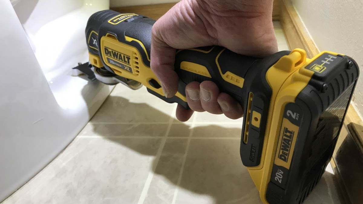 The Best Cordless Oscillating Tool – Review