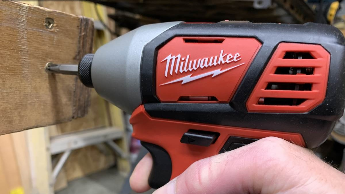 Milwaukee M18 Cordless Impact Driver Review 2656-22CT